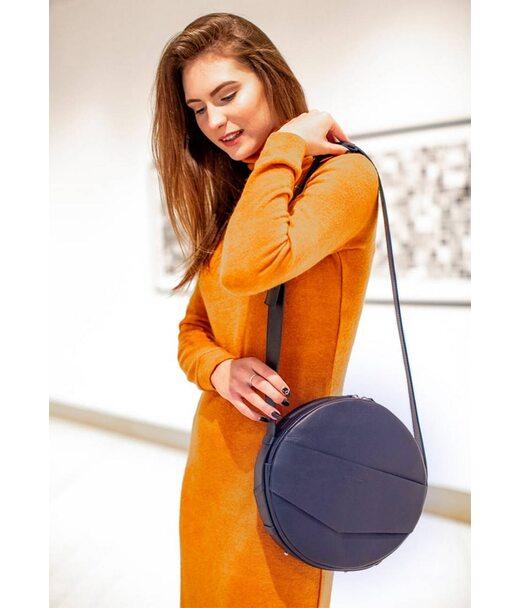 Шкіряна жіноча кругла сумка-рюкзак Maxi темно-синя - BN-BAG-30-navy-blue BlankNote